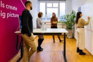 Charismarcom: Marketingstrategie_Team